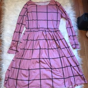 Dresses & Skirts - Pink Plaid Midi Dress 💗💗
